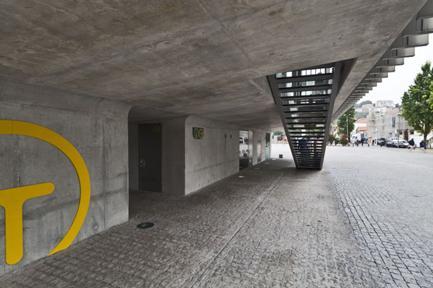 Estação Baixa, Vista da Escada