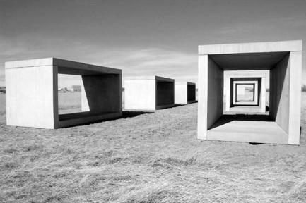 Untitled (1980-84), Donald Judd – Marfa, Texas, EUA.