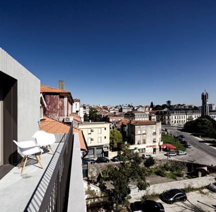 Vista da Cidade a Partir da Varanda de um Quarto do Piso 3 Tardoz